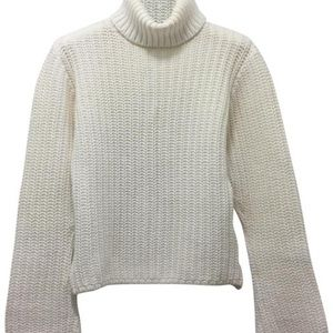 White Sweater/Pullover by 525 America